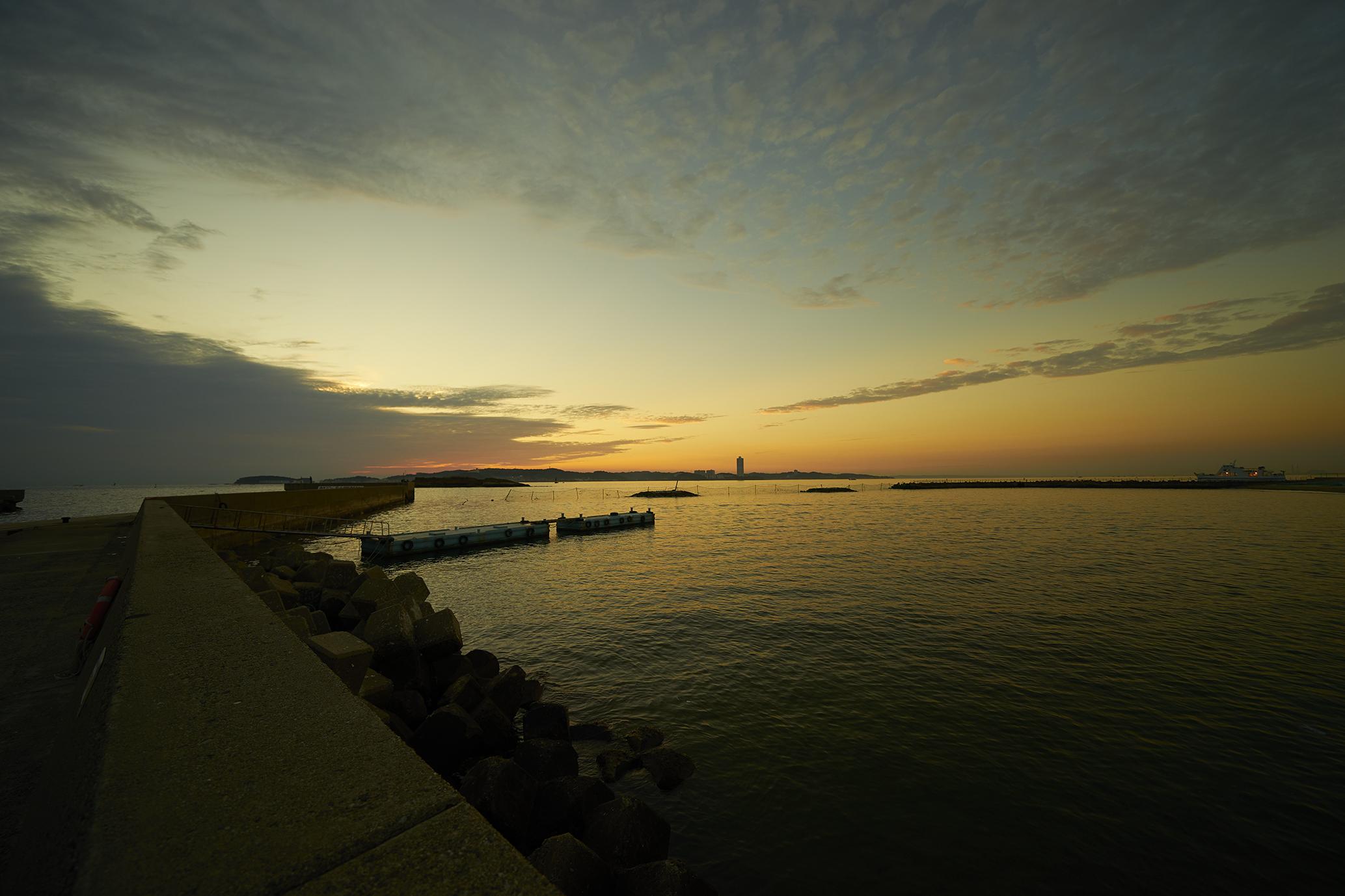 日間賀島の夕景